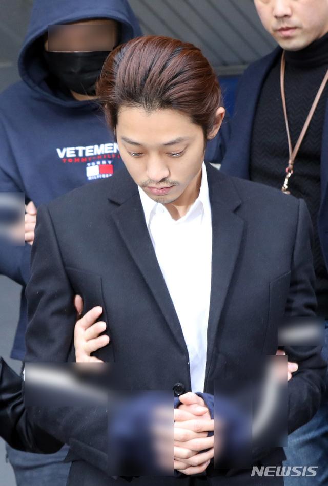 '성폭행 등' 정준영, 2심 징역 7년 구형…