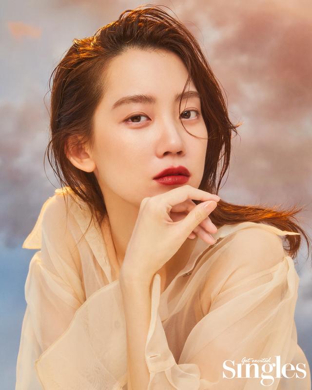 '슬의생 장겨울' 신현빈, 화려한 변신…자체 발광' 뷰티 화보
