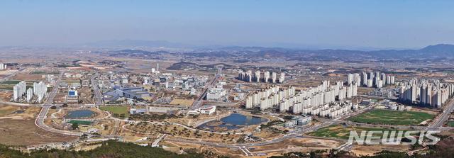 [예산=뉴시스]충남 혁신도시로 지정된 내포신도시 전경(사진=예산군 제공)